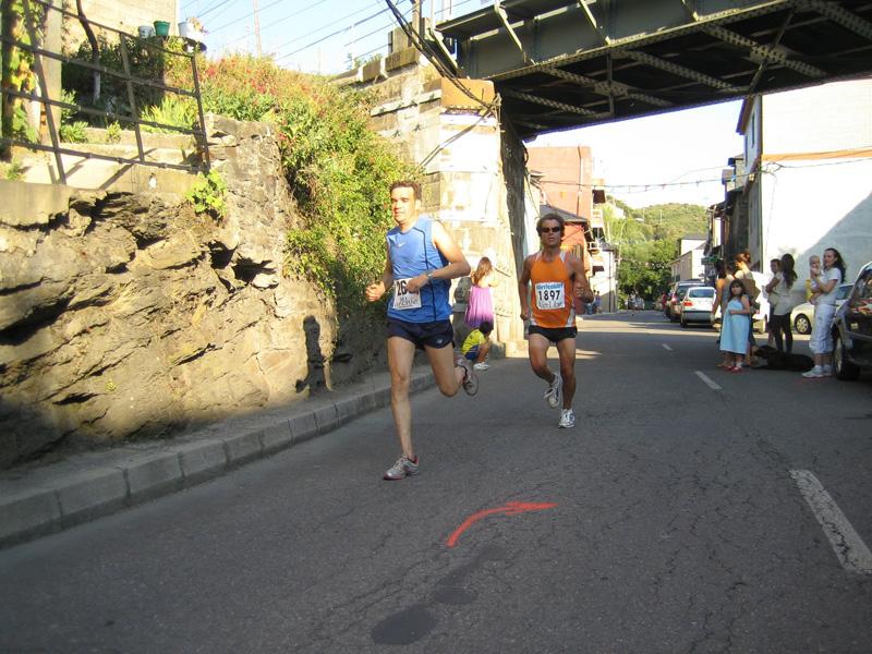 Rober y Richard a 100 m. de la Meta